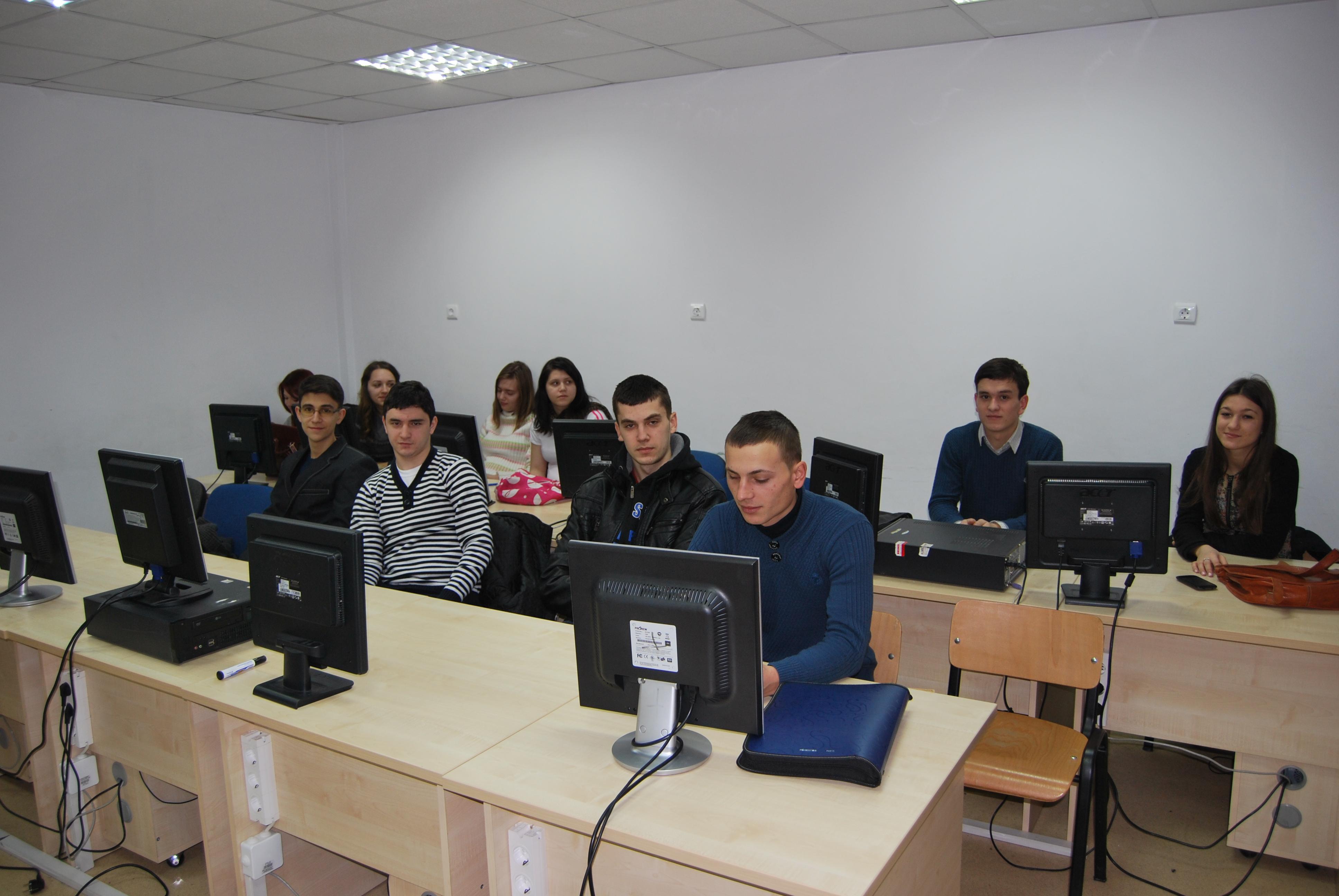 ED 004 laborator de stiinte sociale si politice