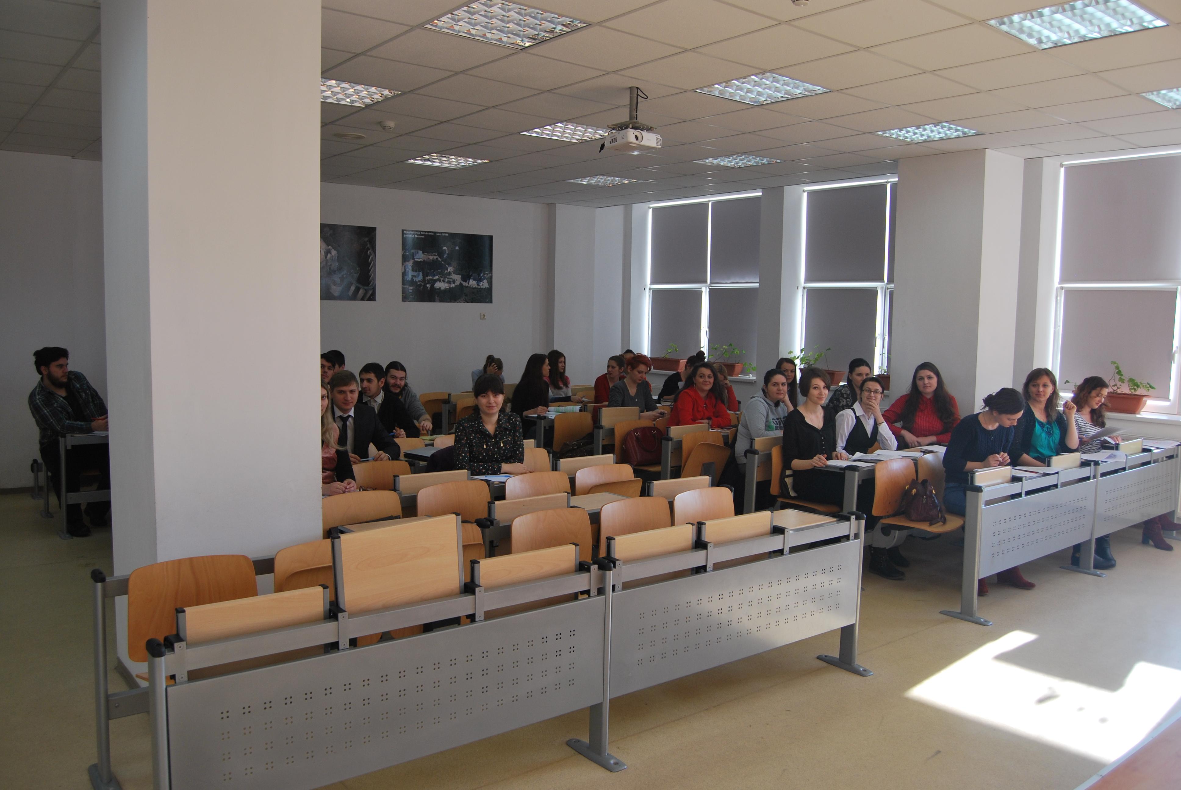E 210 sala de curs